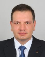 Петър Владиславов Славов